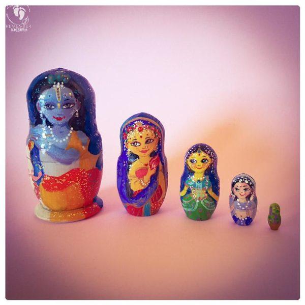 Krishna Matryoshka doll set of 5 russian nesting wooden vaishnava krishna dolls